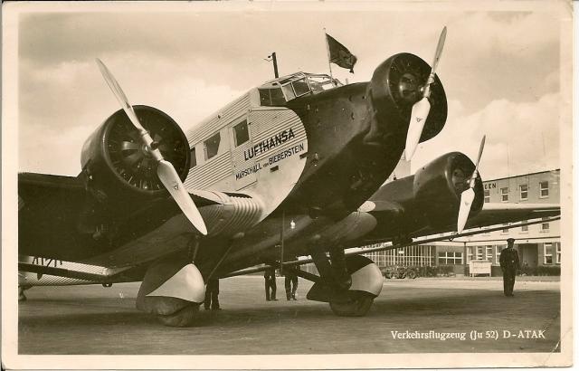 die gute alte JU52 auf dem Böblinger Flughafen