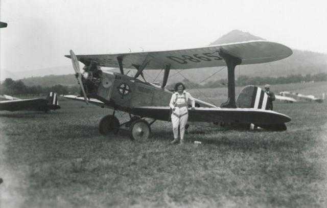Reutlingen 1930 Hedy Schumann (S 105_4 Nr_1085_12a)