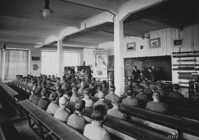 DMG-Motorschule Klassenzimmer (5)
