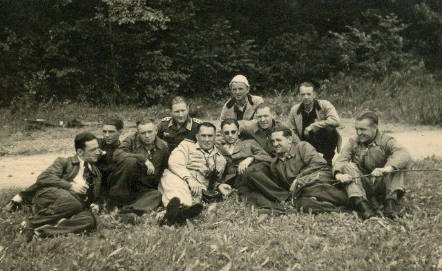 1944 Sommer Anton Riediger-Meine Mitarbeiter der DHL Boeblingen (HR)