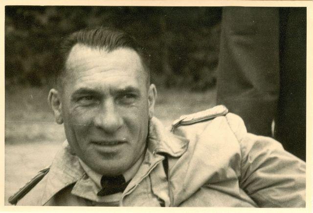 1944 Sommer Anton Riediger Räumungsflug nach Deckenpfronn (HR)_