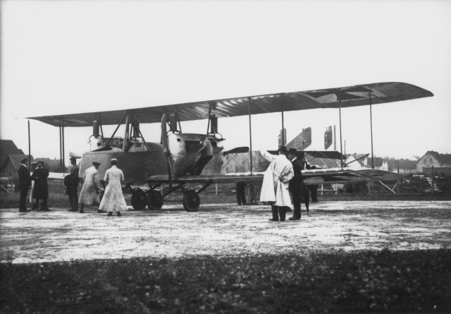 Daimler Großkampfflugzeug R1 - 1915 (Daimler-Konzernarchiv 2004DIG1296)