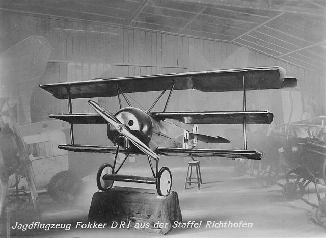 1 Böblingen Deutsches Luftfahrt-Museum innen 1_Fokker DRI Richthofen