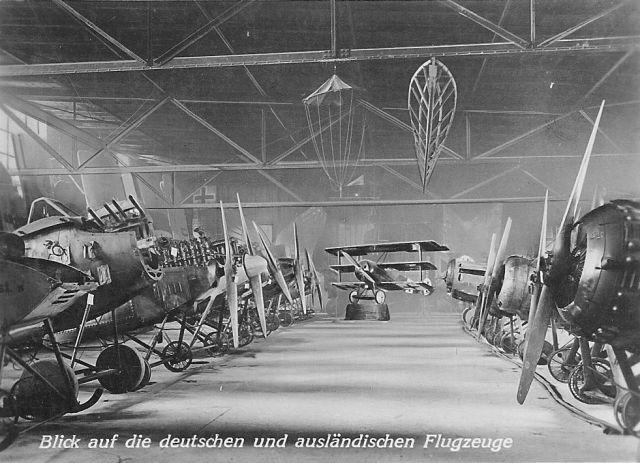 2 Böblingen Deutsches Luftfahrt-Museum innen 1_Blick